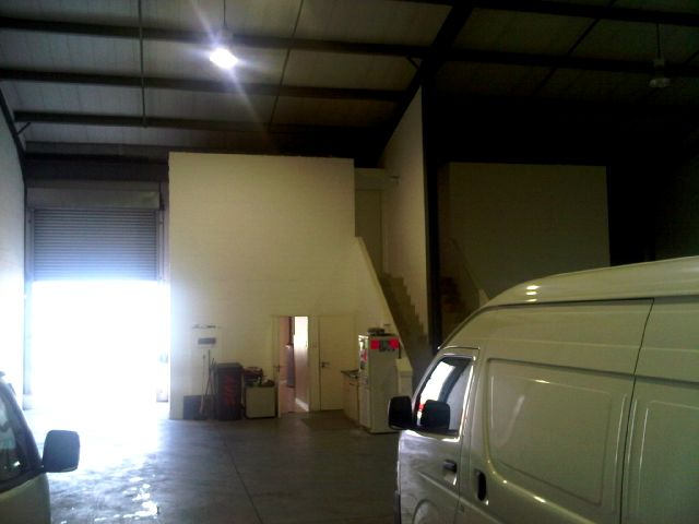 Airport City (Glenkey)- 450m² FOR SALE or TO LET R40/m²